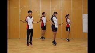 高級教練示範跳繩正確姿勢