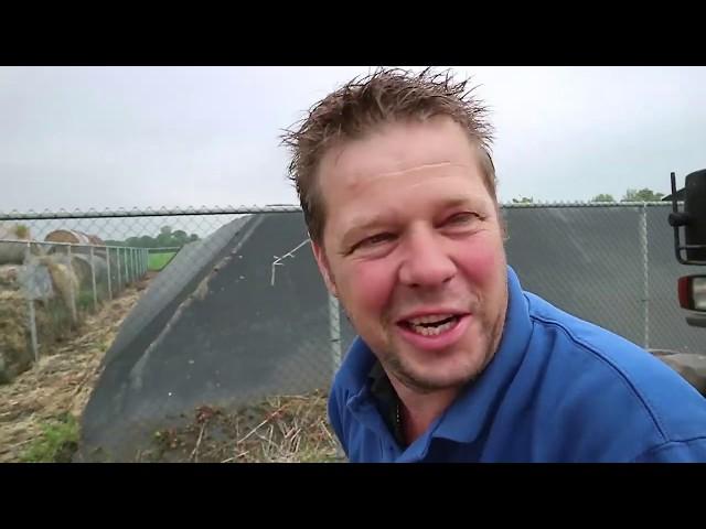 De nieuwe aardappelen van Anne Willem vliegen de grond uit - Bie de Boer (33)