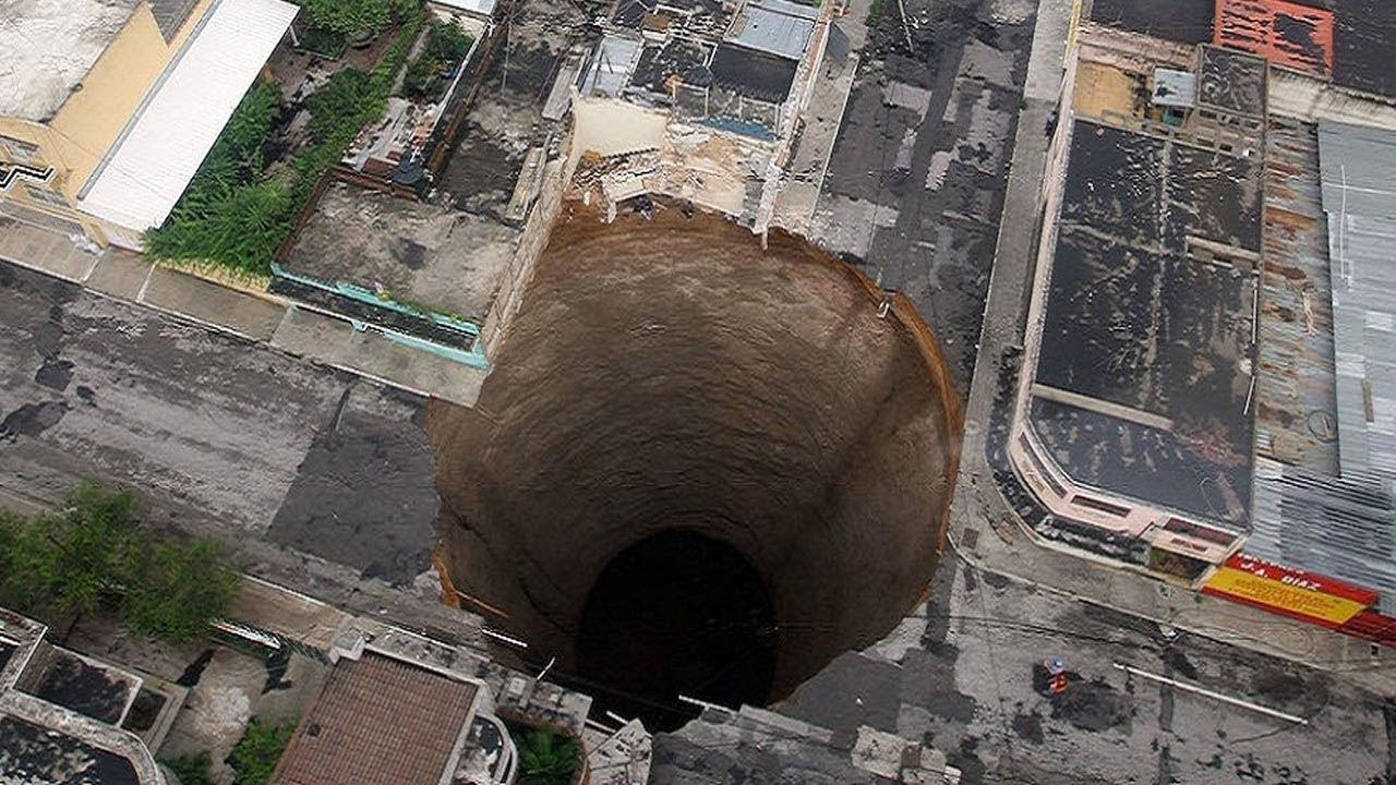 Фото огромная дырка в жопе, Большие дырки - Смотри бесплатно эротику и порно 16 фотография