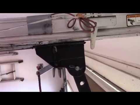 Replace Carriage On Genie Garage Door Opener Youtube