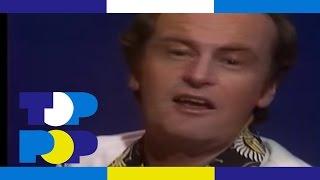 Peter Allen - I Go To Rio • TopPop
