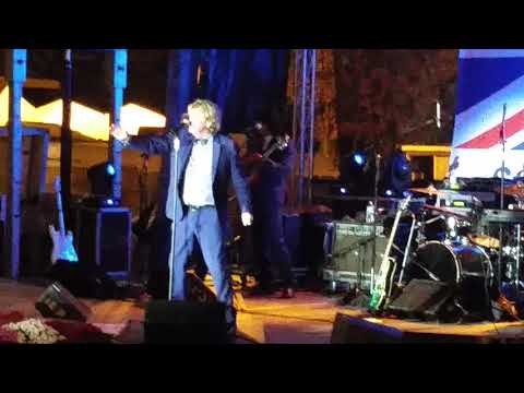 s starring Peter Noone - I'm Henry the 8th I Am (Live Topsfield Fair)