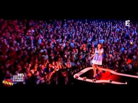 """Nolwenn Leroy chante """"Tri martolod"""" - Les copains d'abord  sur France 2"""