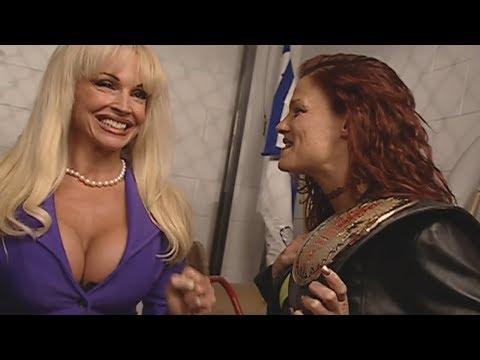 Debra sets up Women's Title Match! - 11/02/2000