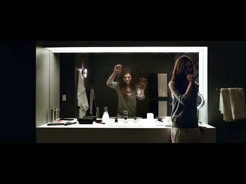 Look Away - Trailer Deutsch HD - Ab 22.02.2019 im Handel!