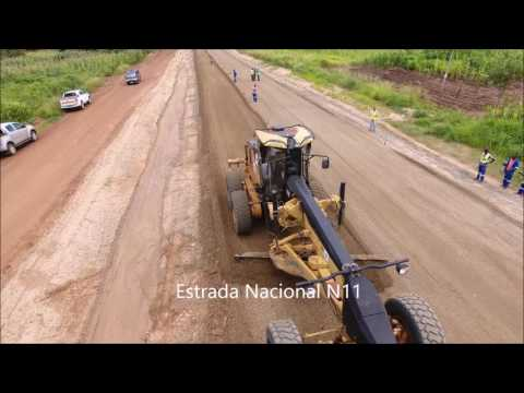 Buildind roads in Mozambique - N11 - Milange/Geral - February 2017