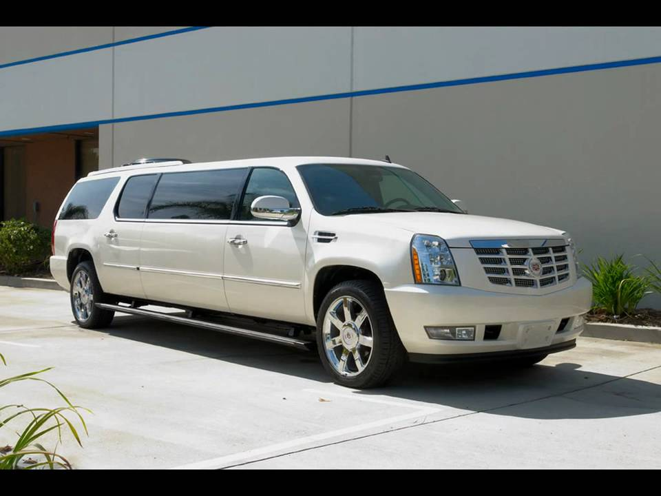 2010 CADILLAC ESCALADE CEO 65 STRETCH LIMO LIMOUSINE BY