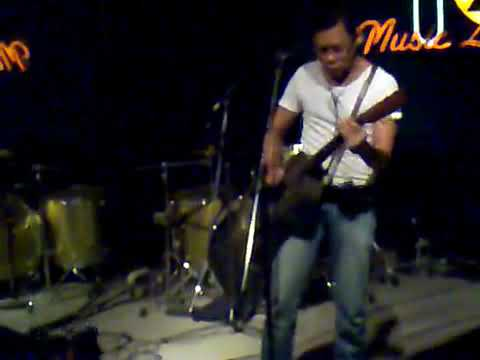Adrian Adioetomo (live august 2010)