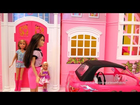 Barbie Toy Episodes - Family Fun Stories at Barbie's Car Wash, Dreamhouse, and Park