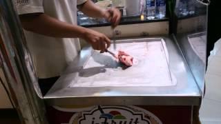 Тайское мороженое(Первый раз такое мороженое увидел!, 2013-05-12T10:05:58.000Z)