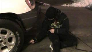 how to change a spare tire on a 2001 jeep grand cherokee laredo 4x4