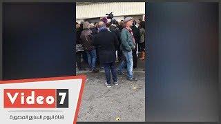 عمدة منطقة بباريس يحاول منع المسلمين من تأدية صلاة الجمعة