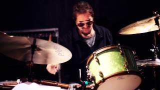 "Anthony Wilson/Larry Goldings/Jim Keltner: Live at Blue Whale - ""Ponta de Areia"""