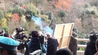 「今年の漢字」発表時の清水寺 混雑の様子 2013年 『輪』