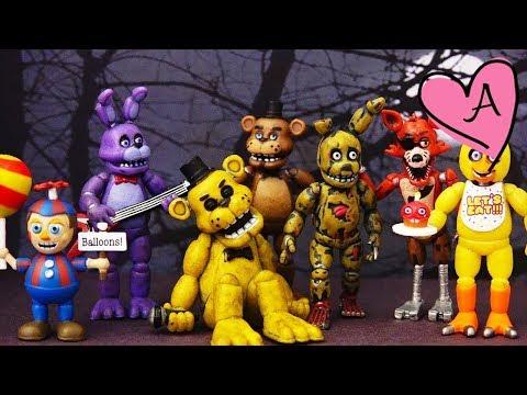 Scooby Doo en pizzeria Five Nights at Freddy's | Muñecas y juguetes con Andre