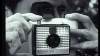 SWINGER POLAROID LAND CAMERA