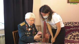 Ветераны Великой Отечественной войны, проживающие в Самарской области, получили сотовые телефоны