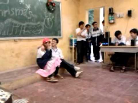 """Tiết muc """"Xe Đạp"""" - Lớp 11A1 Trường THPT Đoàn Kết - Hai Bà Trưng - 22/12/2011"""