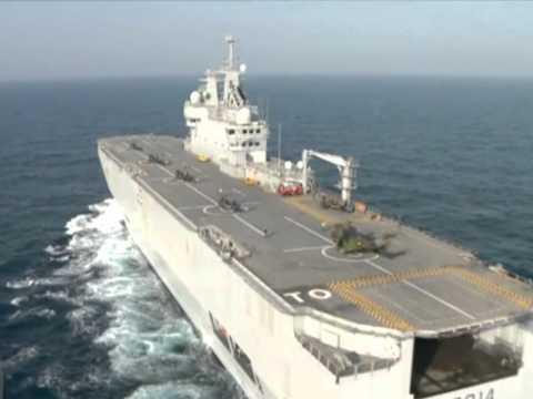 Libye les h licopt res anglais et fran ais entrent en for Porte helicoptere