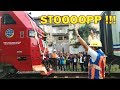 Uniknya Proses Penyambungan Lokomotif CC 300 ke Rangkaian Kereta Api Pangrango