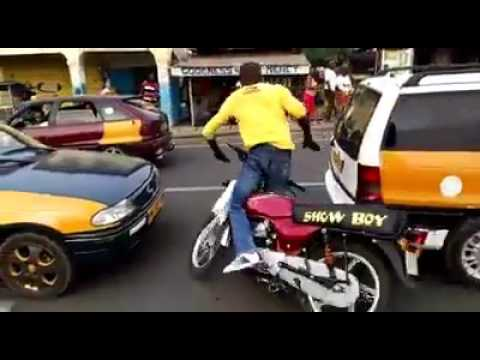 the craziest motor rider in ho GHANA.Just watch it