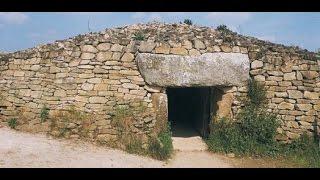 Carnac - Locmariaquer: les mystères des menhirs et Dolmens