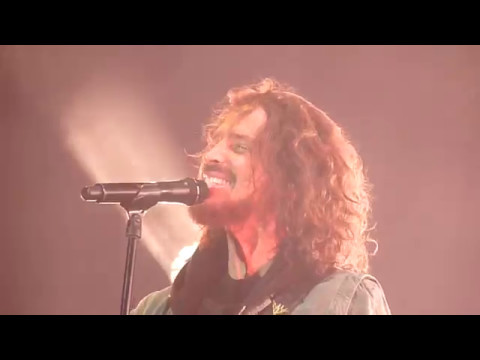 "Soundgarden ""Black Hole Sun"" (Live from Beale Street Music Festival Memphis 2017)"