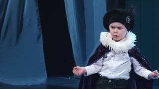 Арслан  Сибгатуллин читает монолог Гамлета