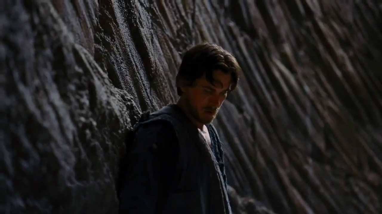 Copy of The Dark Knight Rises Bruce Climbs Out Of The Pit ...