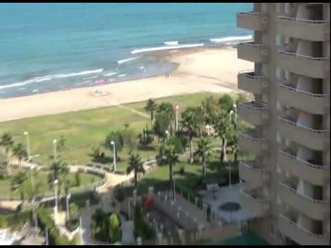 Vistas de los apartamentos en segunda l nea de playa marina d 39 or ciudad de vacaciones youtube - Apartamentos playa baratos vacaciones ...