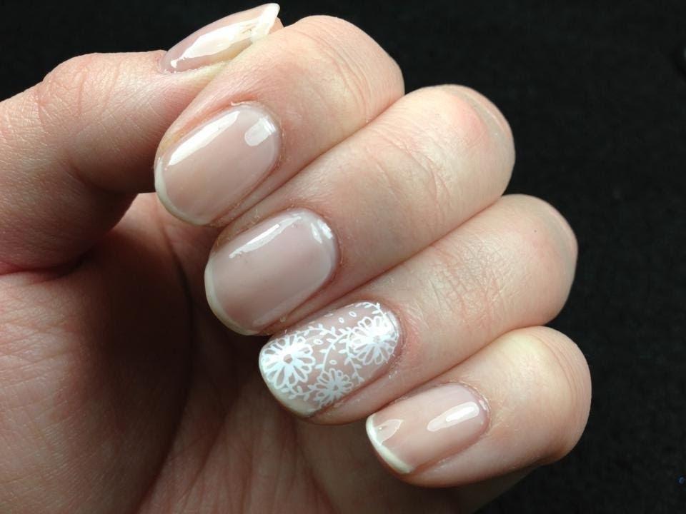 romantic nail ideas brides