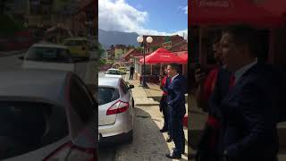 Aktivista DPS-a prijeti da će baciti bombu na Demokrate(, 2017-09-12T18:36:22.000Z)