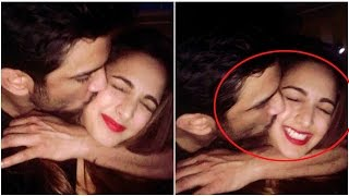 Sushant Singh Rajput Caught Kissing in party !
