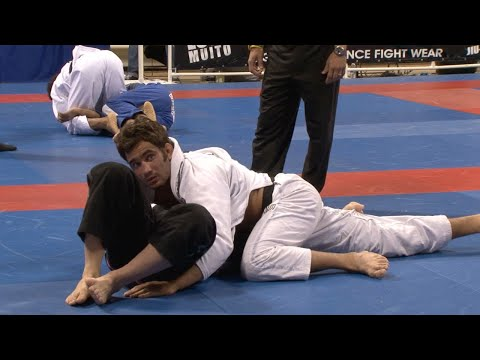Lucas Leite VS Mike Fowler / World Championship 2009