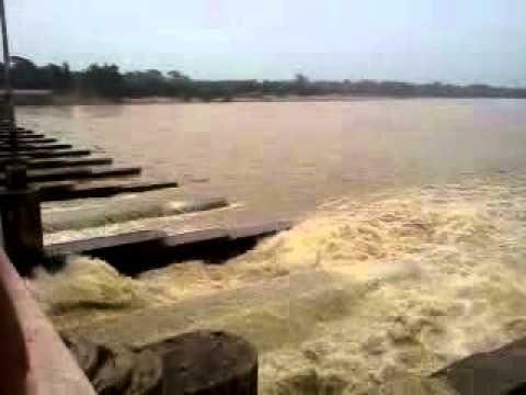 Durgapur Barrage Over The Damodar River