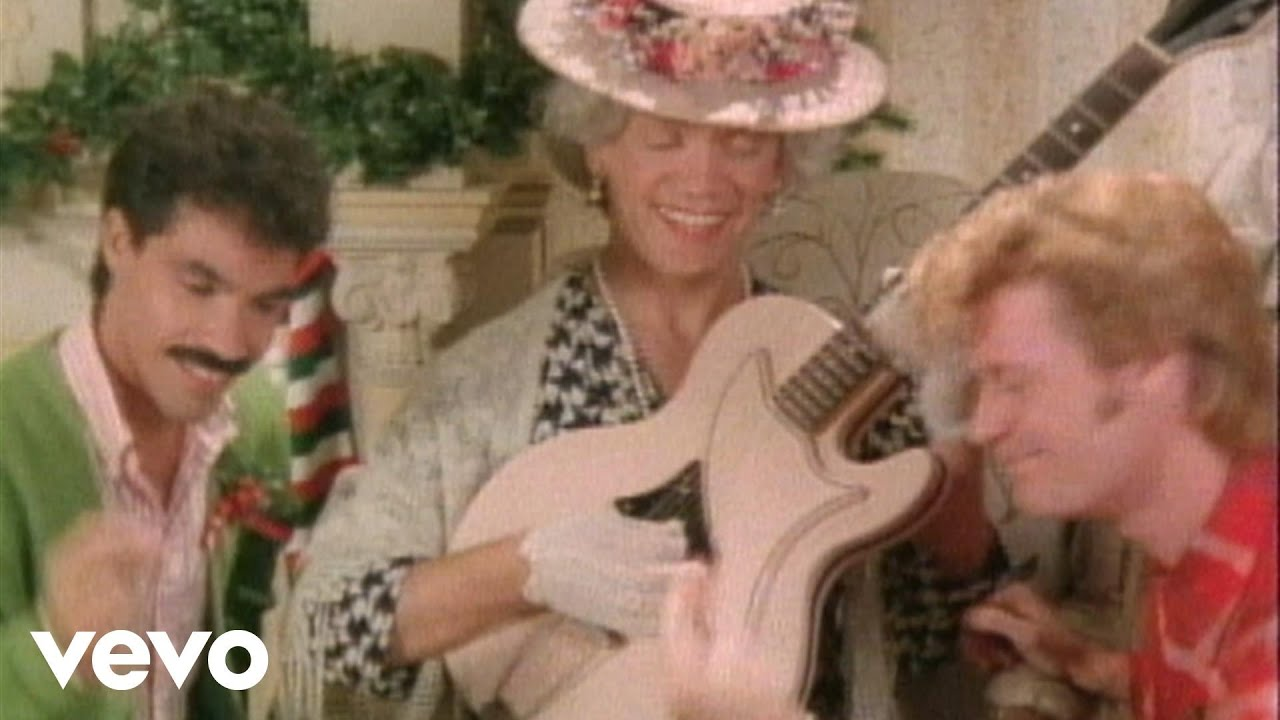 Daryl Hall & John Oates – Jingle Bell Rock (John's Version) [Bobby Helms]