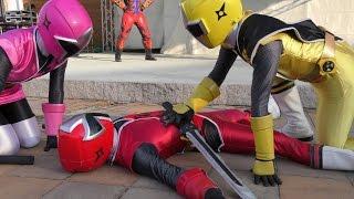 2015年12月13日に行われた「ニンニンジャー」のキャラクターショーです。