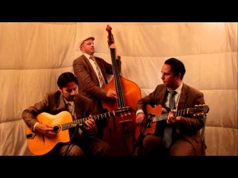 Besame Mucho - Jonny Hepbir Trio - UK & International Gypsy Jazz Band Hire