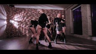 Dance Divas by Marina Moiseeva / Helena Legend - Feelin it