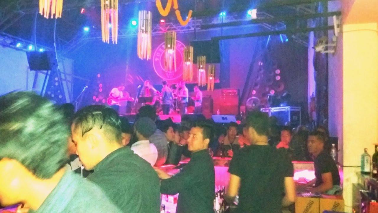 Disco Bar In Thamel Kathmandu Nepal Live Song Nepal