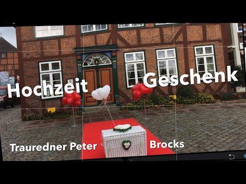 Standesamt Lütjenburg Färberhaus Hochzeitsgeschenk Und Überraschung Mit Trauredner Peter Brocks