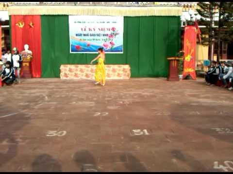 Video Clip văn nghệ 20/11/2011 - THPT Tứ Sơn Năm 2011 | TSO