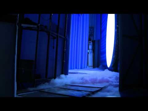 Official MAMMA MIA! London - Behind The Scenes: Part Two - Lighting