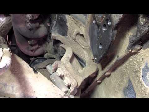 FIXING 7 3 Powerstroke COMMON OIL LEAKS | Dead Head Diesel