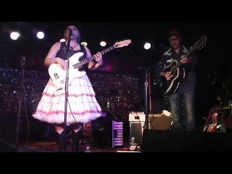 Stare The Devil Down-Whoa Nellie! Vera & Johnny