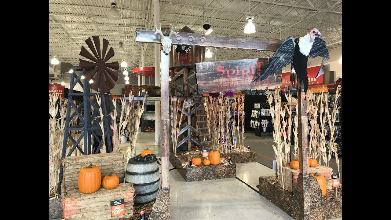 spirit halloween store opens it's first location for 2018! | store