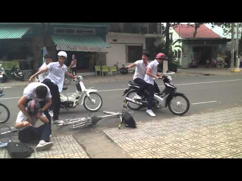 Vlog 1: Bạo lực học đường NQ-10A6 Productions