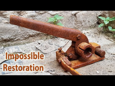 Manual Box Strapping Machine Restoration - Impossible Very Rusty Packing Equipment Restoration