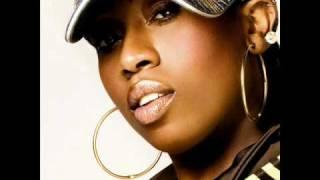 Missy Elliot feat. Jay-Z, Bleek, Sigel, Busta & Twista - Is That yo Bitch (Remix)