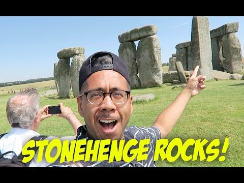 London Travel VLOG | Stonehenge Day Tour!